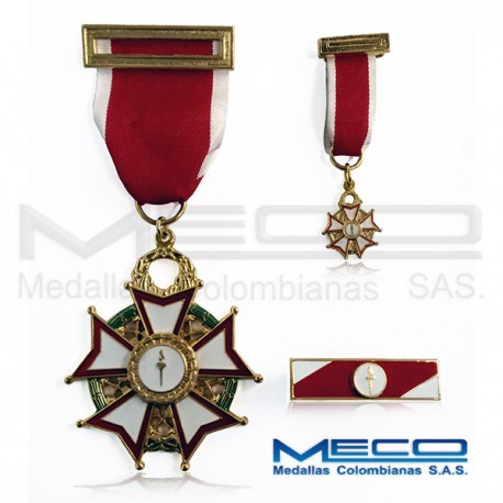 Medalla Militar Escuela de Armas y Servicios Jose Celestino Mutis Bossio